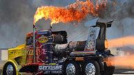 لحظه انفجار موتور کامیون مسابقهای حین انجام حرکات نمایشی