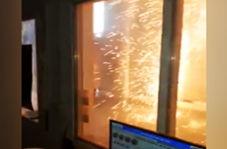 جرقههای کنتور برق فشار قوی، شبیه به چهارشنبه سوری!