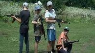 آموزشهای نظامی به کودکان و نوجوانان اوکراینی در اردوگاه ملی گرایان تندرو