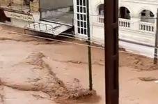 جدیدترین تصاویر از لحظه هجوم سیلاب به پلدختر