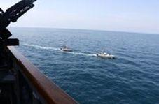 سپاه پاسداران منتشر کرد:تصاویر رصد ناو آمریکایی در خلیج فارس توسط ۱۱ قایق تندروی ایرانی