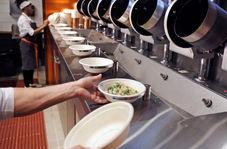 رستورانی که در آن رباتها آشپزی میکنند!