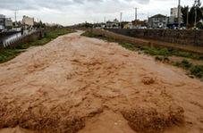 طغیان رودخانه شهرستان سلسله را غرق در آب کرد + فیلم