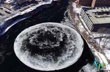 صحنهای زیبا در هوای زمستانی رودخانه پرسامپسکات