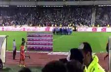 واکش تند هواداران استقلال بعد از حذف از جام حذفی + فیلم
