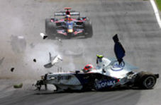 صحنه دلخراش مرگ راننده ۲۲ ساله در مسابقات فرمول ۲