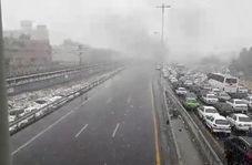 فیلم/ اتوبان تهران _کرج  اعتراض به گران شدن بنزین
