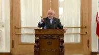 شوخی وزیر امور خارجه با خبرنگاران: ننویسید ظریف عصبانی بود؛ من اگر داد نزنم صدایم به شما نمیرسد