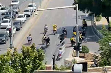 حضور هواداران سپاهان مقابل هتل پرسپولیس