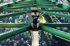سرانجام وسوسه سلفی گرفتن از روی پل!