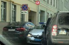 لحظه تصادف پلیس خلافکار با سفیر ایتالیا در روسیه