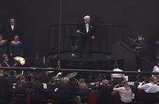 رکوردشکنی یک گروه ارکستر با ۸۰۰۰ نوازنده