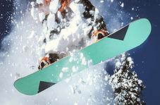 مهارت یک دختربچه خردسال در اسنوبرد سواری