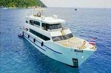 بیرون کشیدن لاشه قایق غرق شده گردشگران چینی در تایلند