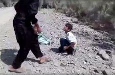 فیلم شکنجه 2 پسر بچه ایرانی توسط جوان بیوجدان