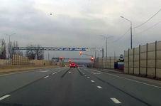 تصادف یک دستگاه خودرو پشت چراغ قرمز