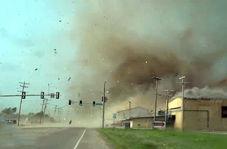 فیلمبرداری یک شهروند آمریکایی از گردباد در اوکلاهاما از فاصله نزدیک