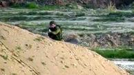 لحظه هدف قرار گرفتن سرباز اسرائیلی به دست نیروهای مقاومت