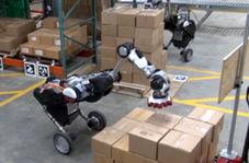 توانایی حیرت انگیز رباتها در جابجایی بستهها