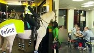 رفتار خشن پلیس استرالیا با یک شهروند زن