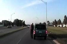 تصادف حین جریمه شدن توسط پلیس!