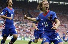 لوکا مودریچ بهترین بازیکن سال یوفا 18-2017