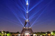 بازگشایی برج ایفل با یادبودی برای کشته شدگان کووید 19