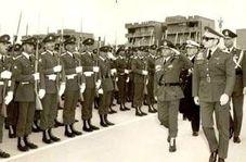 خلع سلاح ارتش شاهنشاهی توسط مردم