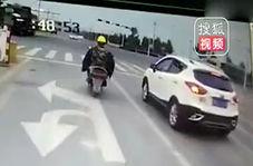 انحراف راننده کامیون به لاین مخالف پس از تصادف با آمبولانس!