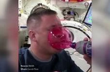 دردسرهای فضانوردان برای غذا خوردن