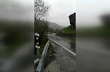 وضعیت رودخانه کرج و جاده خالی از خودروی چالوس