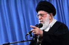 پست جدید توییتر رهبر انقلاب: اگر جمهوری اسلامی دچار شاه سلطان حسینها بشود، کارش تمام است